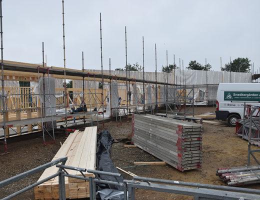Byggeriet af Hjerting Sports- og Kulturhus skrider godt fremad, og der er rejsegilde for alle interesserede onsdag den 26. juni klokken 15 på adressen Tobølparken 25.