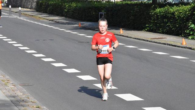 11-årige Caroline Strandbygaard vandt på fem km-ruten i tiden 21,33.