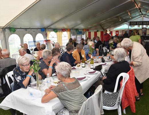 125 glade og feststemte seniorer deltog i Seniorfrokost – Danmarks bedste forfest - om fredagen.