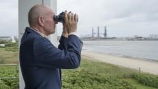 Den gamle mand og havet.  Henning Kruse så mulighederne i offshore  og hev store fangster i land med både EOS  og sandsynligvis snart også med Esvagt - trods en vis usikkerhed på egne evner,  som dog også kan være sund at have.